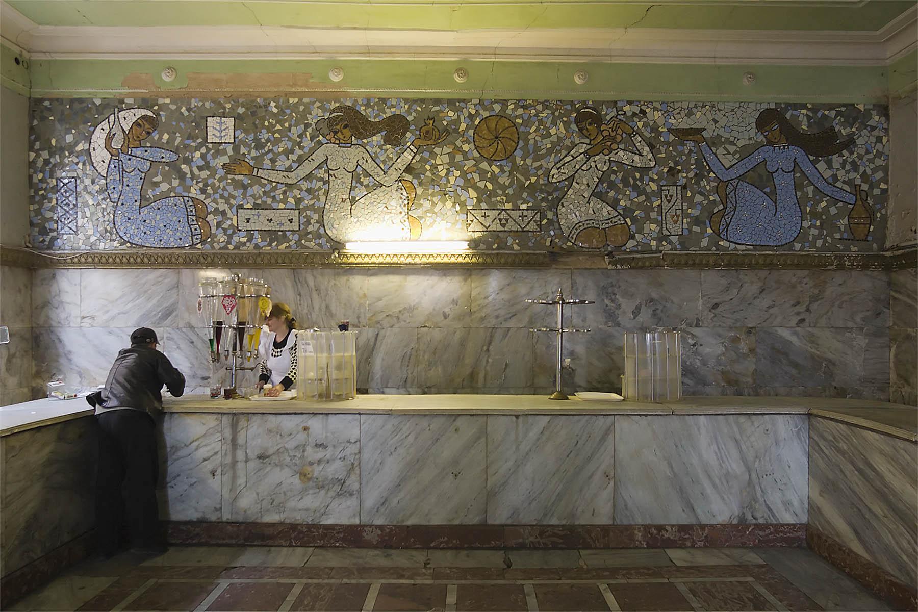 Bar für alkoholfreie Erfrischungsgetränke in Tiflis