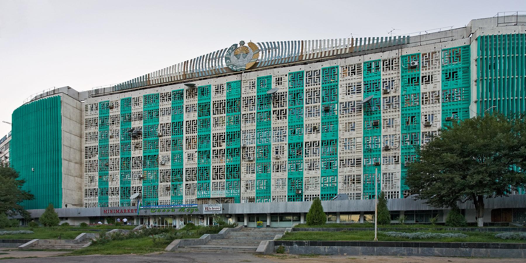 Vorhangfassade Wohnhaus Plattenbau Taschkent